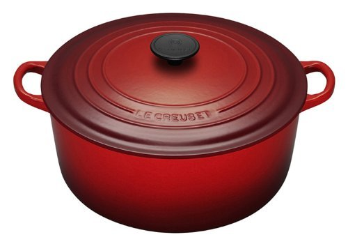 Le Creuset Round French Oven 5.3L Cherry