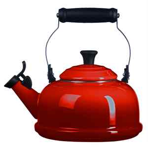 Le Creuset Whistling Tea Kettle 1.7L | Cerise