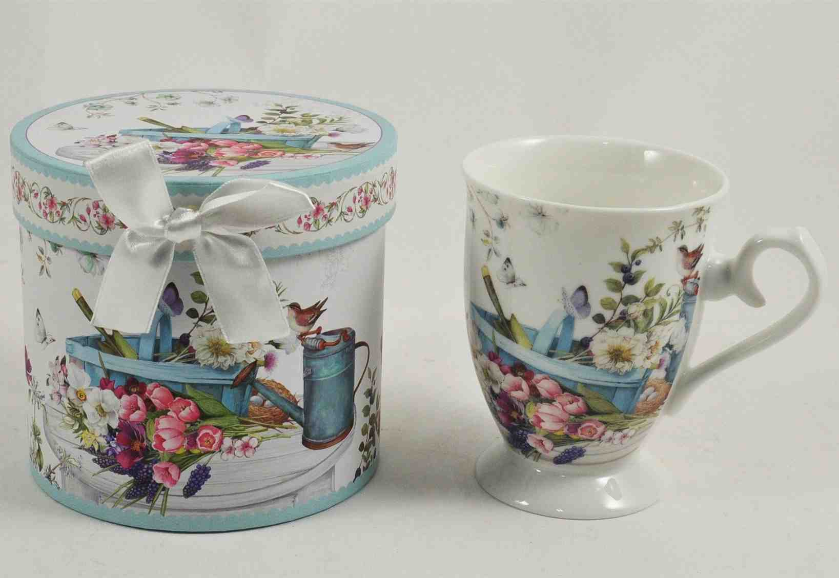 Watercan Floral Mug with Giftbox